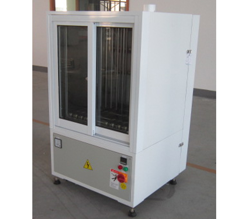 This model is suitable for high volume fine silkscreen production. Consistent temperature and fast drying feature.